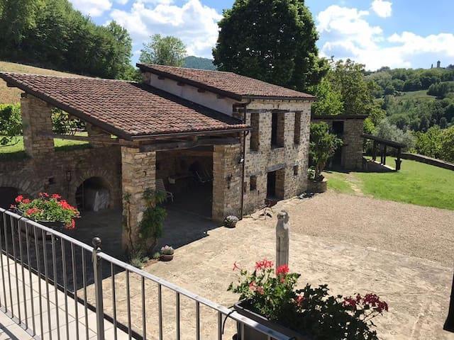 San Giorgio Scarampi的民宿