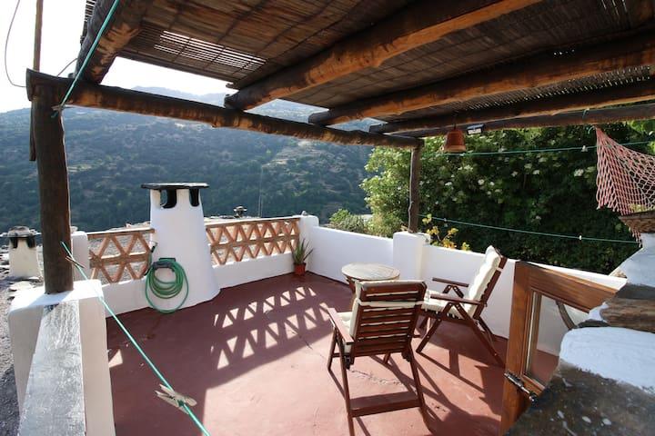Pampaneira的民宿
