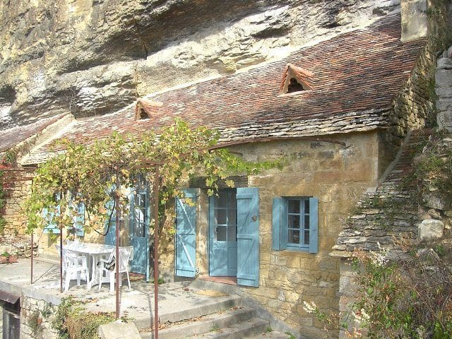 拉罗屈埃加雅克 (La Roque-Gageac)的民宿