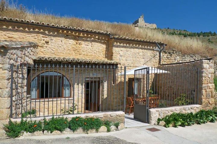 Castrojeriz的民宿