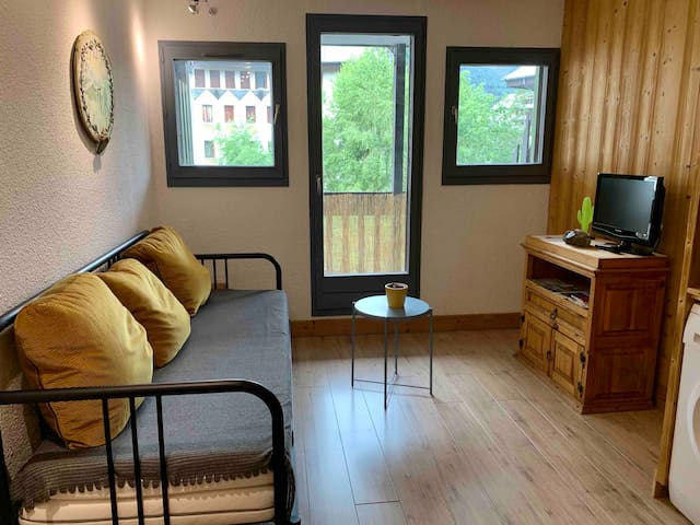 Well located Studio - beautiful Mont-Blanc view