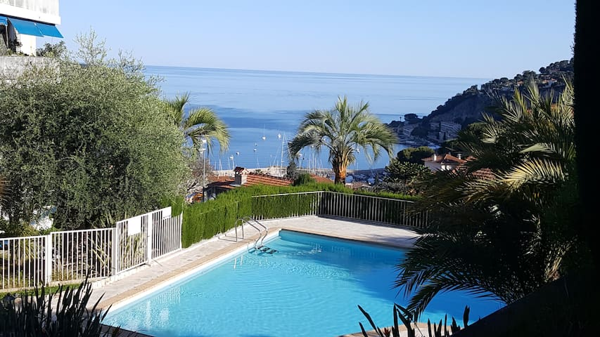 Studio avec piscine proche de la mer Villefranche