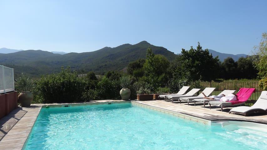 吉索纳恰 (Ghisonaccia)的民宿