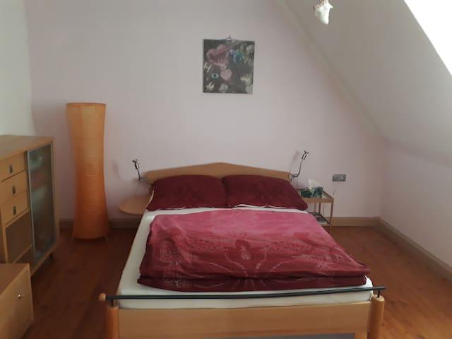 Zimmer Nähe Vita-Natura-Klinik max. 4 Personen