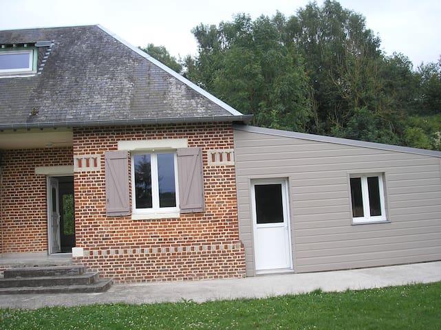 Mesnil-Martinsart的民宿