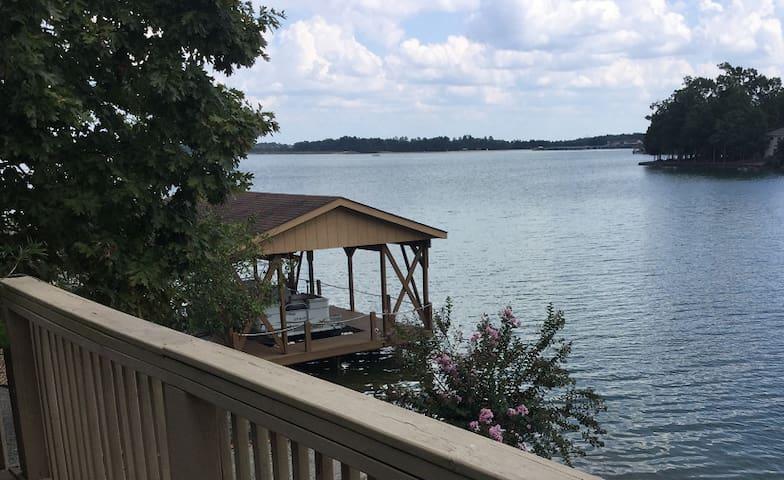 Lakefront get away, Golf, Swim, Hike, Fish