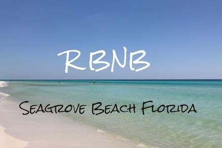 RBNB-Block To Beach! CLEAN Private Entrance/Bath
