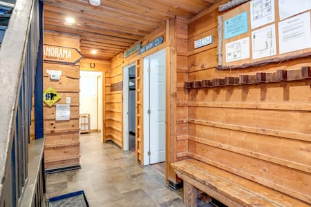 """🍺""""Tequila Sunrise"""" Big Space-Fully Stocked-HotTub"""