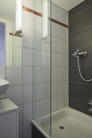 3.3 Siméon - Hine Adon Aparthotel