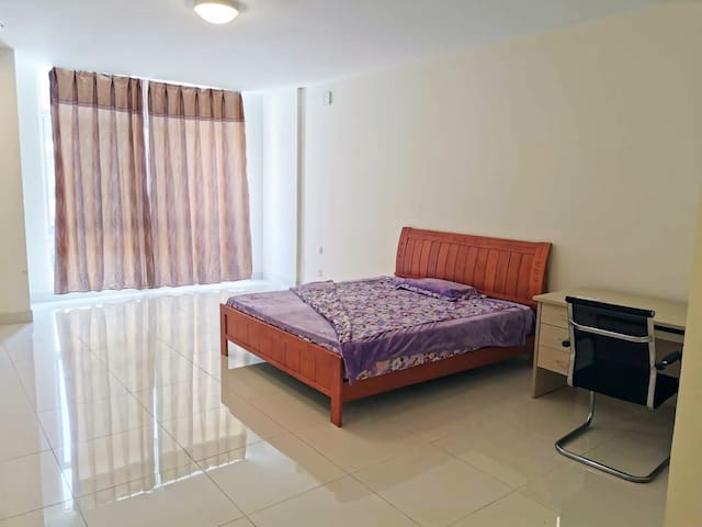 Clean and convenient rooms in safe area