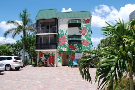 Edgewater Inn, Fort Myers Beach