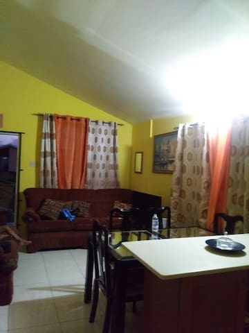 gated community, 1 bdm house with hot water