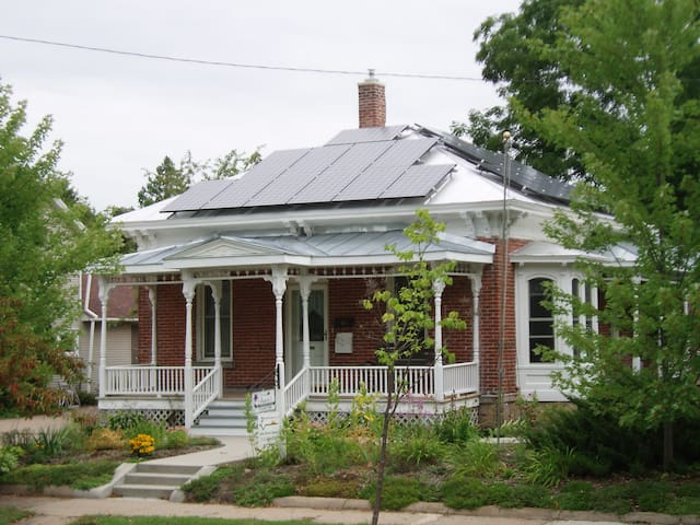 Italianate cottage in Stevens Point