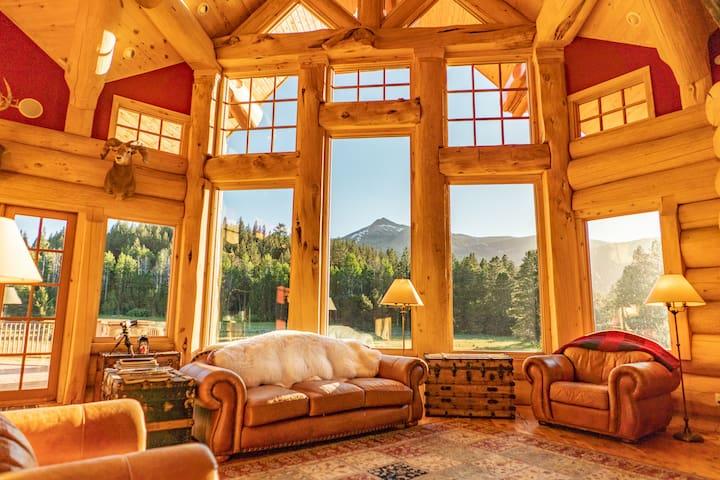 Adventurous Getaway|Eco Lodge Stay-ALPENGLOW ROOM