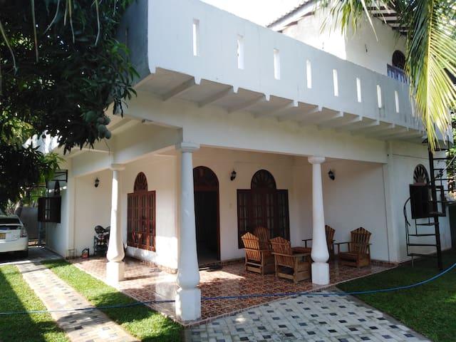 Negombo的民宿