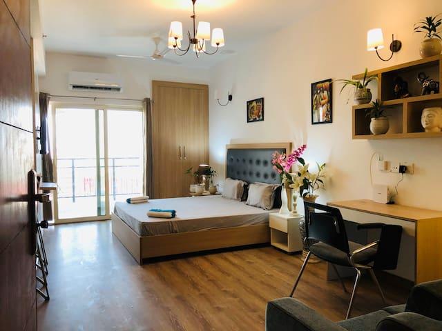 Knights Inn (Premier) en-Suite Service Apartment