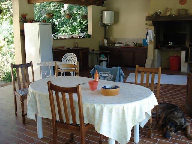 Montcléra的民宿
