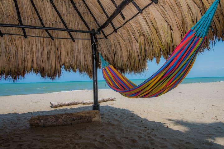 Hermosa Cabaña Frente al Mar 3 Habitaciones