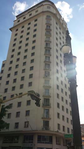 Lindo Studio para 2 pessoas,centro de São Paulo