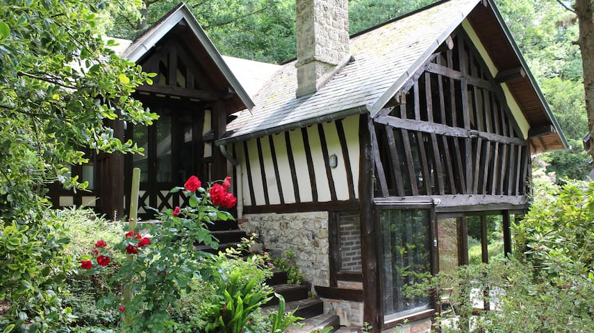 """Cottage """"ludique"""" en pleine nature"""