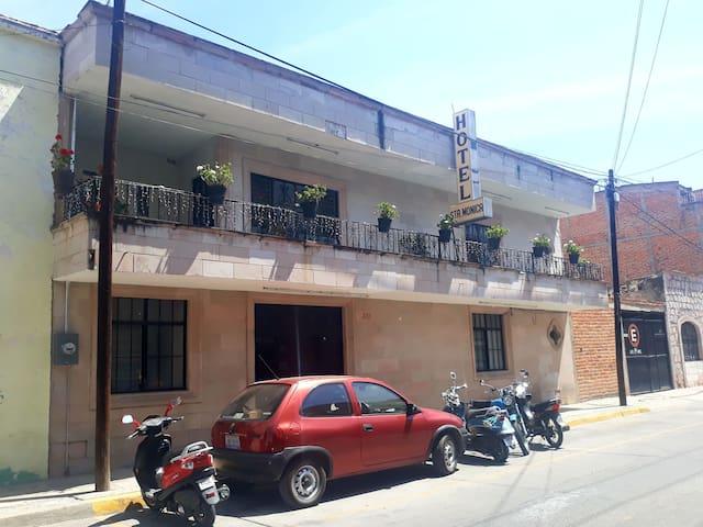 Yahualica de González Gallo的民宿