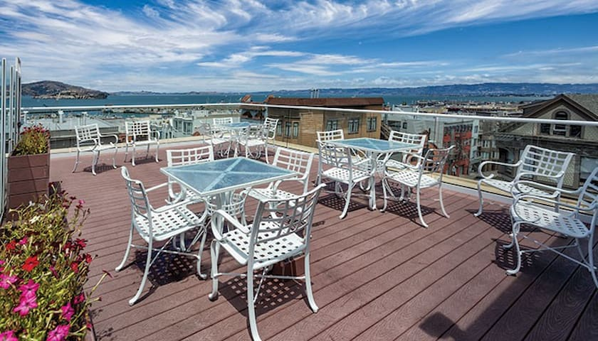 GREAT LOCATION-FISHERMAN'S WHARF W/KITCHEN slps4
