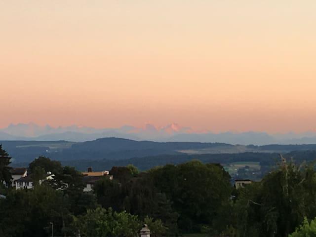 Oberrohrdorf的民宿