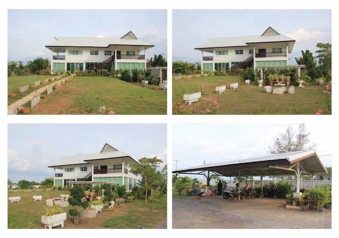 Phetchaburi的民宿