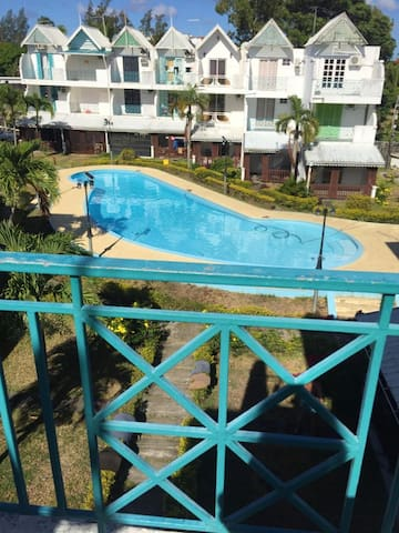 Apartment with 3 bedrooms in Pereybere, with shared pool, furnished garden and WiFi