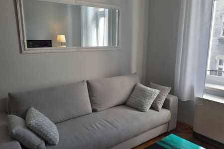 new comfortable and sunny apartment