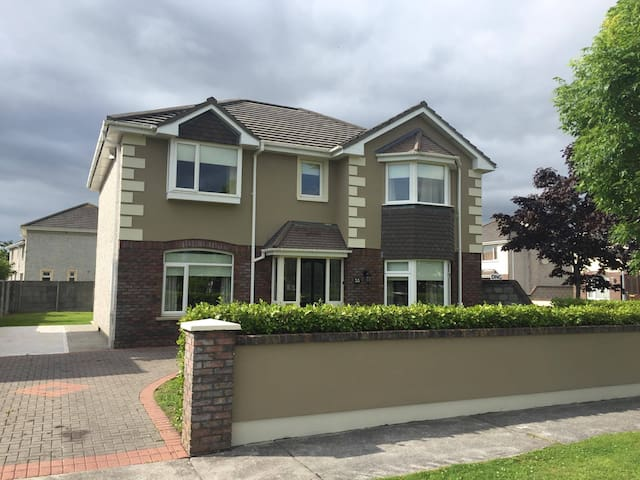 Luxury newly refurbished townhouse in Tralee.