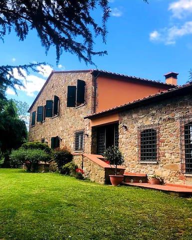 Montevettolini的民宿