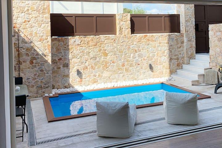 Athenian Riviera Luxurious Private Floor