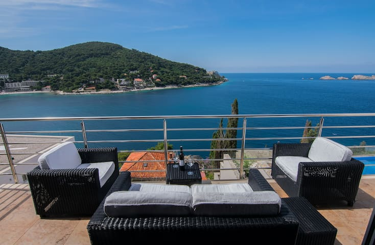 Apartment Laura, 50m from the sea