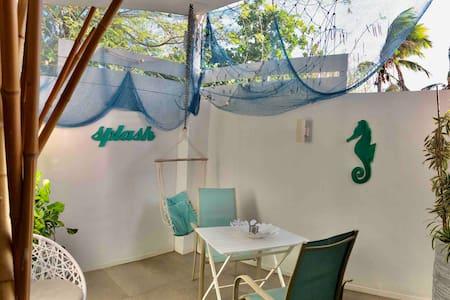 Palm Beach B new&cute studio wififree, beach close