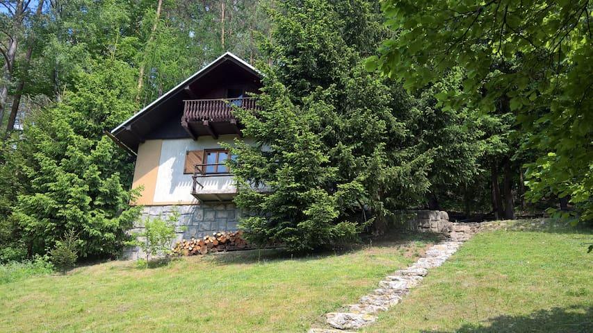 Chocnějovice的民宿