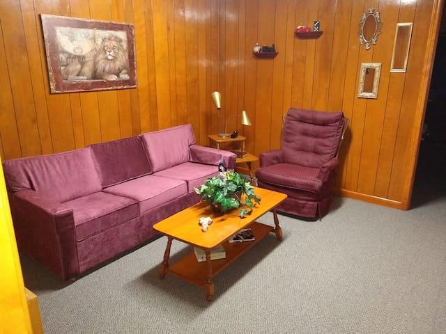 Tahlequah的民宿