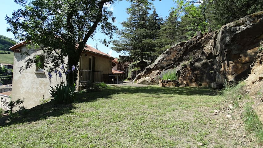 La Terrasse-sur-Dorlay的民宿