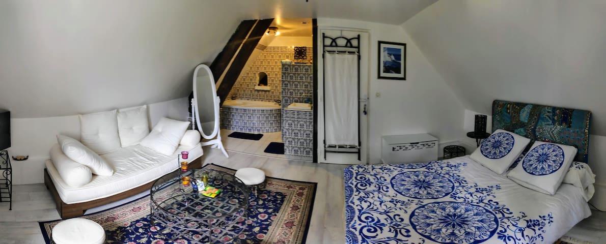 Chez Aurélia : Cosy romantic room  under the stars