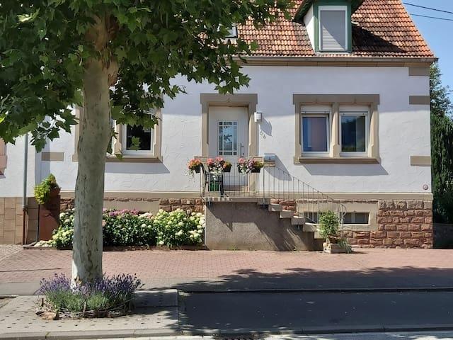 Rieschweiler-Mühlbach的民宿