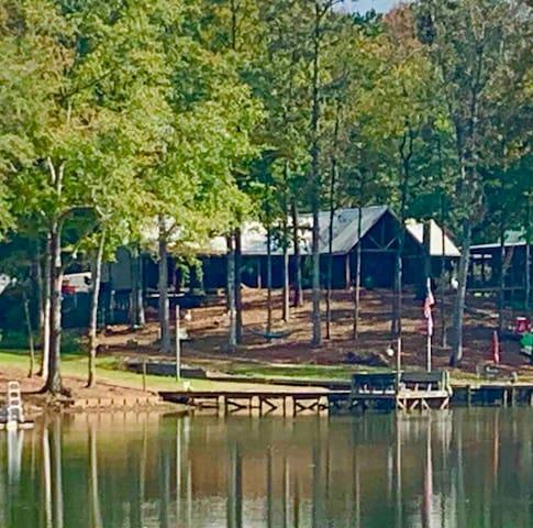 Lake Martin的民宿