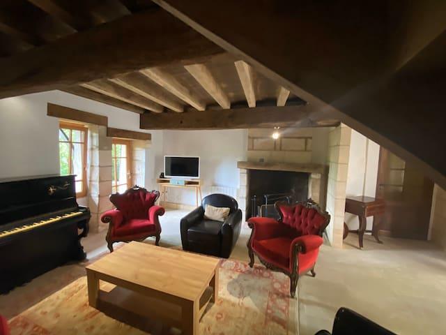 Charmante maison au bord de rivière