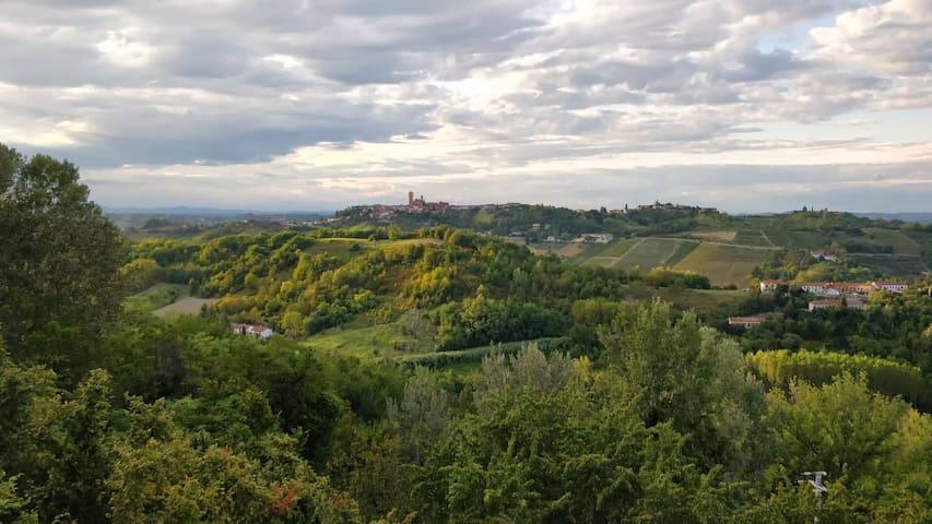 Vigliano d'Asti的民宿