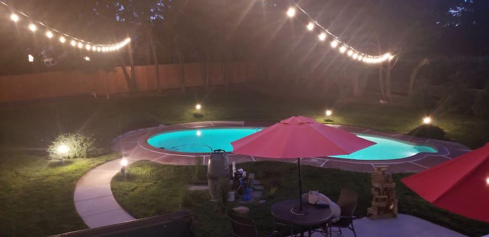 Pool Estate home Near Maple Lawn John Hopkins APL