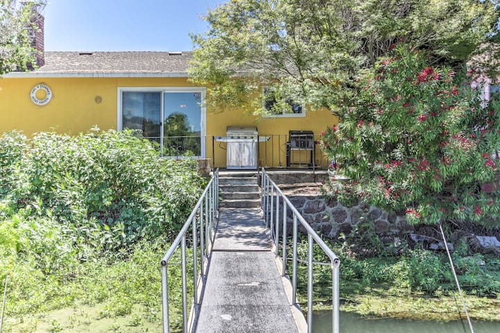 Wine Country Oasis w/ Waterfront Terrace & Dock!