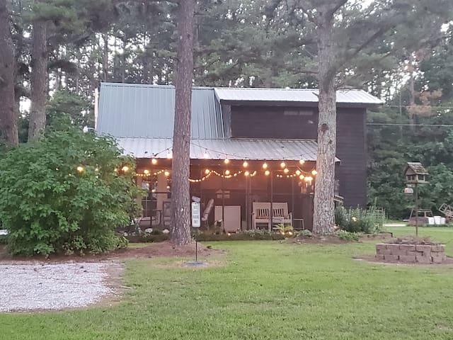 Raymondville的民宿