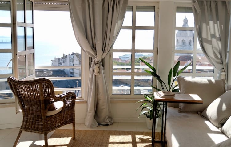 Lisbon sunny sky apartment with amazing views