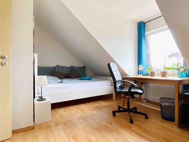 Kuscheliges Zimmer, ruhig und idyllisch