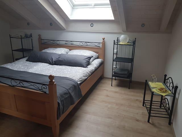 Doppelzimmer 75 qm zwischen Augsburg und München