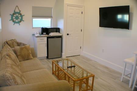 Small House, North Palm Beach